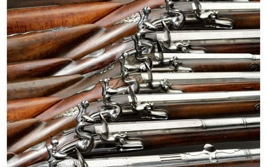 A group of 32 guns from the Armoury of the Royal House