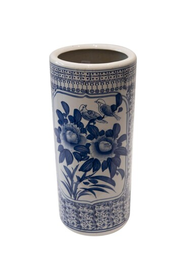 Blue and white vase | Blau-weisse Vase