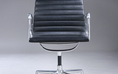 Charles Eames. Armchair from the series 'Aluminium Group' model EA-107, full leather.