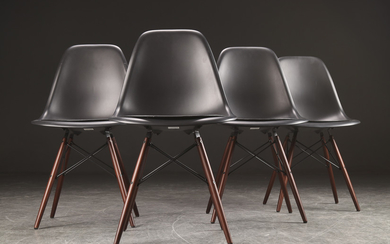 Charles Eames for Vitra. Four chairs with Dowel frames (4)