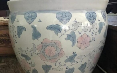 Chinese Hand Painted Porcelain Gold Fish Bowl
