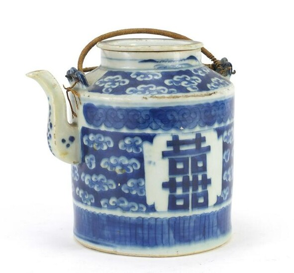 Chinese blue and white porcelain teapot, hand painted