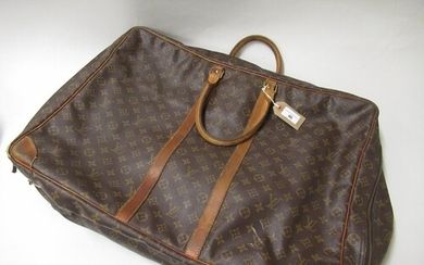 Louis Vuitton vintage holdall with brown leather straps, 17i...