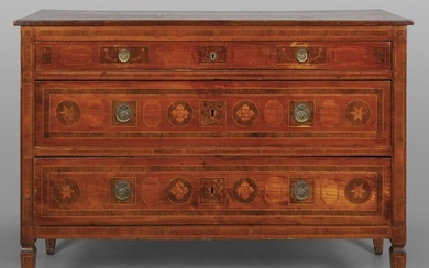 Louis XVI chest of drawers with three drawers, walnut wood with maple fillets and medallions in briar Emilia II half sec.XVIIIcm