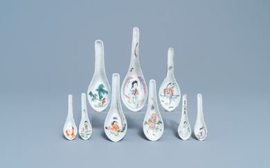 Nine Chinese famille rose and qianjiang cai spoons with figures, 19/20th C.