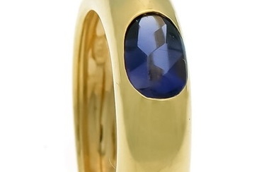 Sapphire ring GG 750/000 with an oval sapphire...