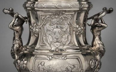 Silver refreshment bucket, decorated with marine scenes, adorned with coats of arms of France, the handles in mermaid and newt holding dolphins.