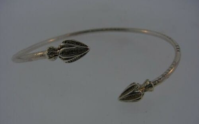 TRENDY Sterling Silver Arrow Bangle