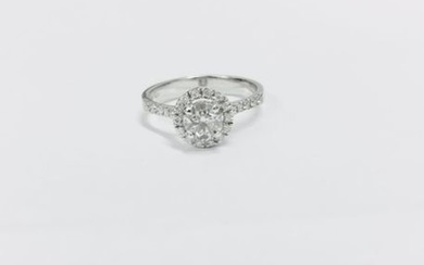 0.40ct diamond set solitaire ring set in 18ct...