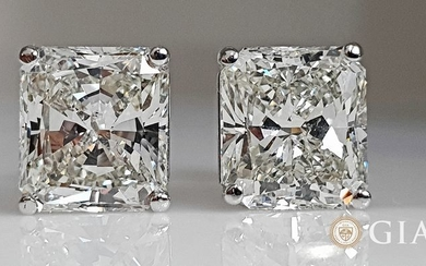 18 kt. White gold - Earrings - 8.38 ct Diamond - GIA