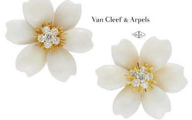18Kt VAN CLEEF ARPELS WHITE CORAL DIAMOND EARRINGS