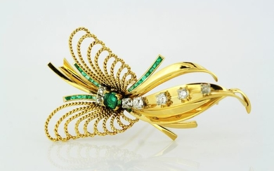 18 kt. Yellow gold -Vintage Brooch with Emeralds and Diamonds