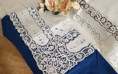 Double bed sheet in 100% pure linen with Burano of Venice embroidery by hand - Linen - AFTER 2000