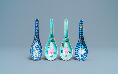 Four Chinese turquoise- and blue-ground spoons, 19/20th C.