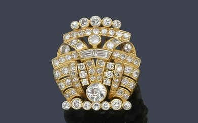 Ring in 18K yellow gold with diamonds of approx. 3.42