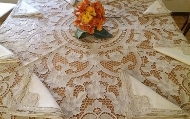 Tablecloth in very thin Burano lace (9) - Linen - 1950-1974