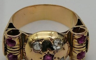 """Tank"" année 1900 - 18 kt. Yellow gold - Ring Ruby - diamond shards"