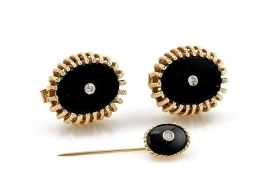 Yellow Gold Onyx & Diamond Cuff Link and Pin Set
