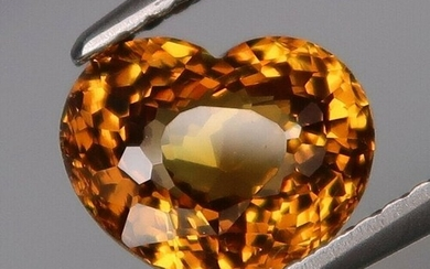 2.14 ct. Natural Yellow Malaya Garnet - AFRICA