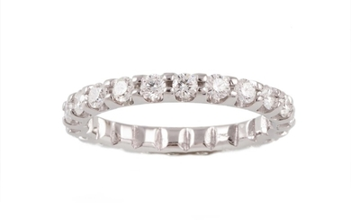 A DIAMOND FULL ETERNITY RING, with diamonds of 1.30ct in tot...