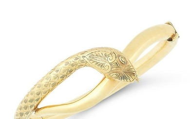 AN ANTIQUE SNAKE BANGLE, CIRCA 1900 in yellow gold