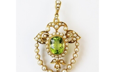 An Edwardian style peridot and seed pearl pendant/brooch, th...