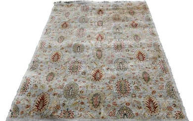 FINE HAND KNOTTED 8' ROOM SIZE CARPET