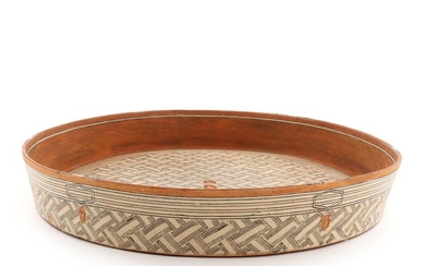 Knud Kristensen: Oval stoneware dish decorated in reddish/brown and light colours. Signed Knud Kristensen, 2016. H. 5.6. L. 55. W. 44 cm.