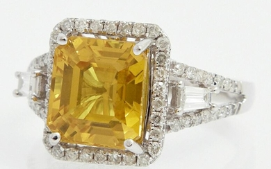 Lady's 14K White Gold Dinner Ring, with a 5.33 carat