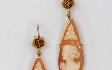 Pair of yellow gold earrings decorated with roses,...