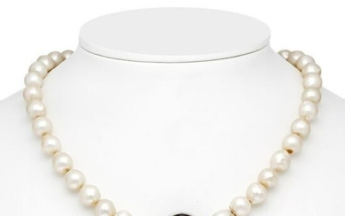 Pearl necklace with buckle WG
