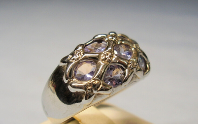TANZANITE RING SILVER signed HARRY IVENS.