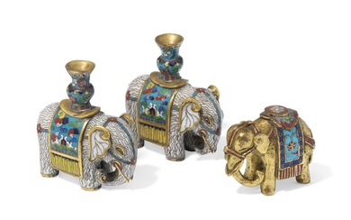 THREE MINIATURE CLOISONNE ENAMEL ELEPHANTS, 18TH-19TH CENTURY