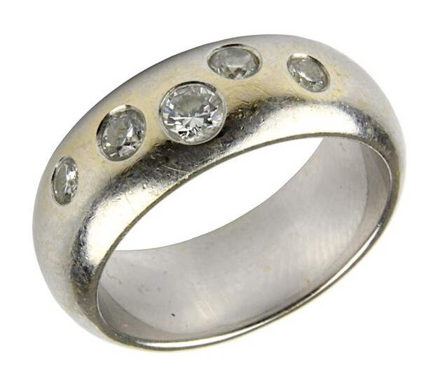 White gold band ring with diamonds, German, modern, ring bar hallmarked 750, set with 5 diamonds, approx. 0.50 ct, white, vvsi - vsi, ring size 52, weight 10 g, surface scratched. 2029-015