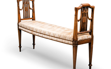 A GEORGE III MAHOGANY WINDOW SEAT