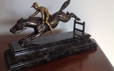 Bronze sculpture -The Steeplechase horse race - presumably France- approx. 1920
