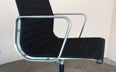 Charles Eames, Ray Eames - Herman Miller, ICF - Office chair - EA 117