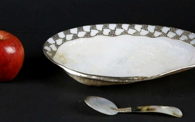 FINE SILVER MOUNTED MOTHER OF PEARLE CAVIAR SERVER