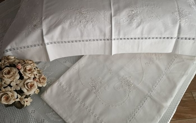 Gingham cotton sheets, embroidery, all by hand - Cotton - new