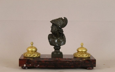 Grand Tour Inkwell with bust resembling Ajax - Bronze (patinated), Ormolu, Rouge Griotte Marble - Second half 19th century