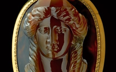 ITALIAN OR BRITISH, EARLY 19TH CENTURY   CAMEO WITH A BUST OF A GODDESS