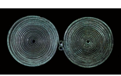LARGE BRONZE AGE SPECTACLE BROOCH