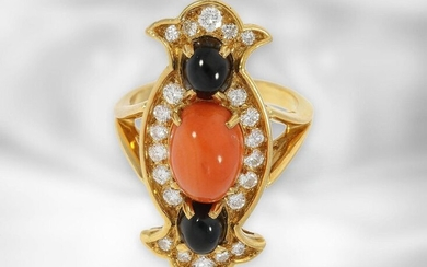 Ring: very beautiful, fancy ladies ring with diamonds,...