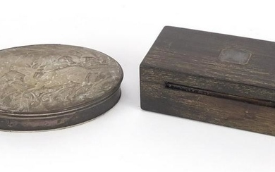 Two 18th century snuff boxes comprising a silver,