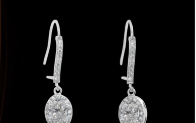 stunning Drop earrings with 2.02 carat total weight Ideal cut oval Diamonds D-E VVS2 - 18 kt. White gold - Earrings - 1.01 ct Diamond - Diamonds
