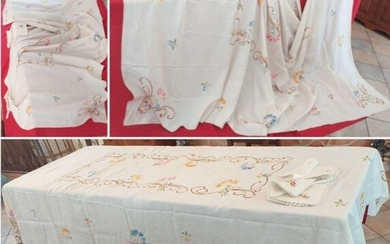 tablecloth with floral handmade embroidery - 290 x 173 cm (25) - Linen - 1980
