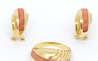 18 kt. Gold - Earrings, Ring Coral