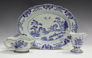 A Chinese blue and white export porcelain sauceboat, Qianlong period, of silver shape, painted with