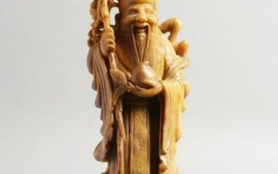A GOOD 19TH / 20TH CENTURY CHINESE CARVED SOAPSTONE