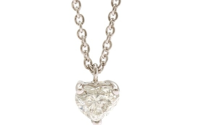 A diamond pendant set with a heart shaped diamond, app. 0.94 ct., mounted in 18k white gold on an 18k white gold necklace. I/SI-P. L. 40.5 cm.